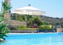 Sittegruppe ved bassenget, Knossos 3